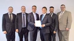 TÜV NORD CERT und das VDE-Institut kooperieren bei Medizinprodukten.