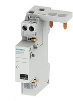 Der neue Brandschutzschalter aus der Reihe 5SM6 für Bemessungsströme bis 40 Ampere wird in die Elektroinstallation eingesetzt und schützt vor elektrisch verursachten Bränden.