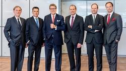 Die Miele-Geschäftsleitung (v.l.):Dr. Eduard Sailer (Geschäftsführer Technik),Dr. Stefan Breit (Stv. Geschäftsführer Technik),Dr. Reinhard Zinkann (Geschäftsführender Gesellschafter),Olaf Bartsch
