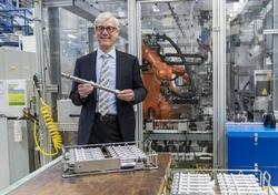 Dr. Hansgeorg Niefer, Standortverantwortlicher des Mercedes-Benz Werks Berlin von 2011 bis 2016.