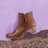 Schuhe in Übergrößen bei SchuhXL: Mehrere 100 Modelle in den Größen 42-46