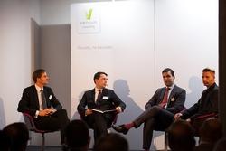 Teilnehmer der Panel-Diskussion über Blockchain (v. l.): Oliver Volk (Allianz Re), Balint Tolnay (Partner bei Ventum Consulting), Alex Tapscott (Autor), Raimund Groß (SAP Innovation Center Network)