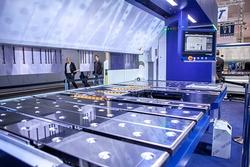 Neu auf der EuroBLECH: die Schwenkbiegemaschine PowerBend Industrial (Bildquelle: Schröder Group)