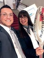 """Ferdinand Munk jun. (Leiter Spezialprodukte) und Franziska Munk(Controlling) nahmen die Auszeichnung""""Bayerisch-Crème-de-la-Crème-Unternehmen entgegen. Foto: Günzburger Steigtechnik"""